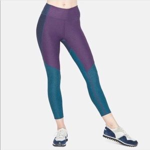 Outdoor Voices Tri-Tone 7/8 Warmup Leggings
